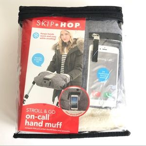 SKIP*HOP Grab & Go On-Call Hand Muff